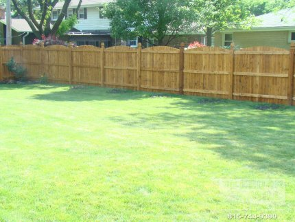 cedar-fence-installed-in-Bloomington-Illinois-069