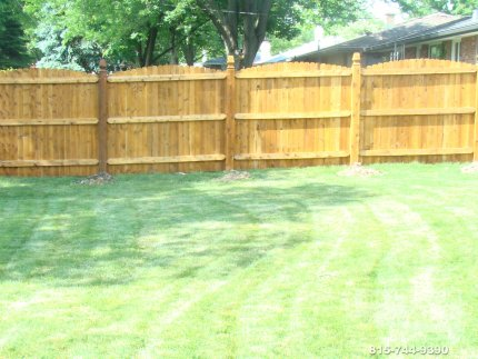 cedar-fence-installed-in-Bolingbrook-Illinois-071