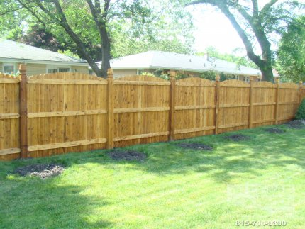 cedar-fence-installed-in-Bolingbrook-Illinois-072
