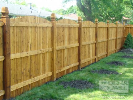 cedar-fence-installed-in-Bolingbrook-Illinois-073