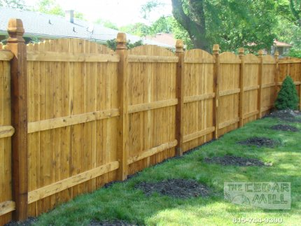 cedar-fence-installed-in-Bolingbrook-Illinois-075