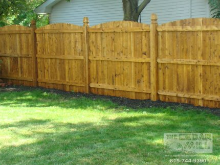 cedar-fence-installed-in-Bolingbrook-Illinois-076