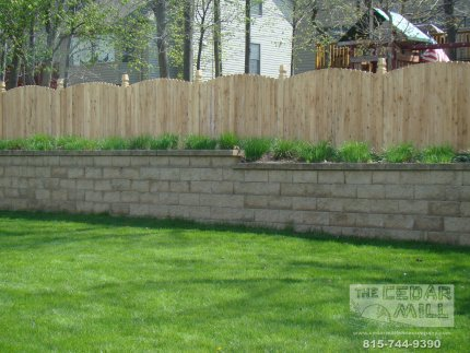 cedar-fence-installed-in-Bolingbrook-Illinois-077