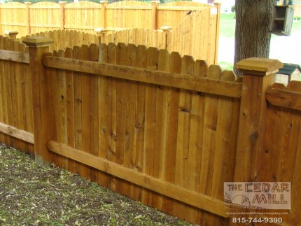 cedar-fence-installed-in-Downers-Grove-Illinois-107