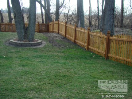 cedar-fence-installed-in-Hinsdale-Illinois-188