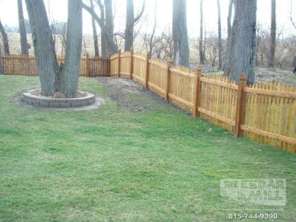 cedar-fence-installed-in-Hinsdale-Illinois-189