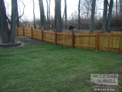 cedar-fence-installed-in-Hinsdale-Illinois-191