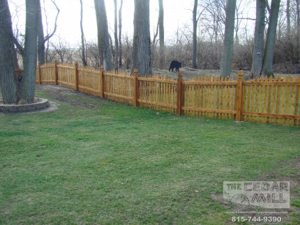 cedar-fence-installed-in-Hinsdale-Illinois-192