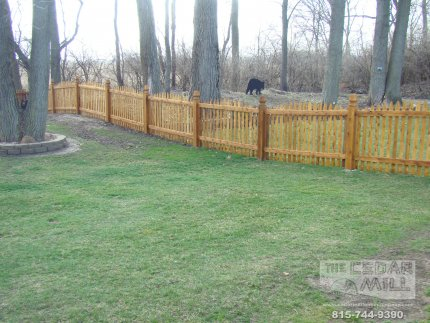 cedar-fence-installed-in-Hinsdale-Illinois-193