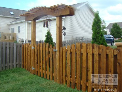 cedar-fence-installed-in-Hinsdale-Illinois-194
