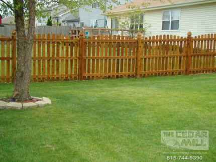cedar-fence-installed-in-Mokena-Illinois-088