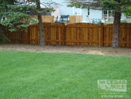 cedar-fence-installed-in-Naperville-Illinois-099