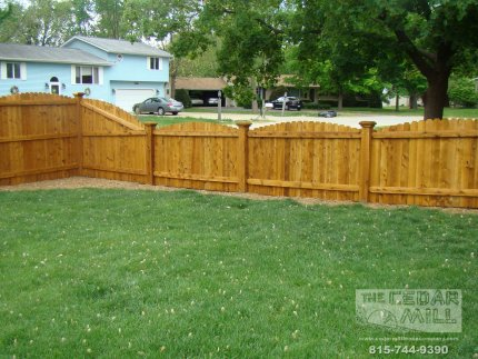 cedar-fence-installed-in-Naperville-Illinois-102