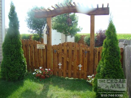 cedar-fence-installed-in-Normal-Illinois-199