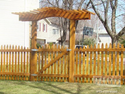 cedar-fence-installed-in-Normal-Illinois-202