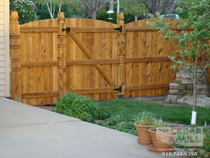 cedar-fence-installed-in-Orland-Park-Illinois-129