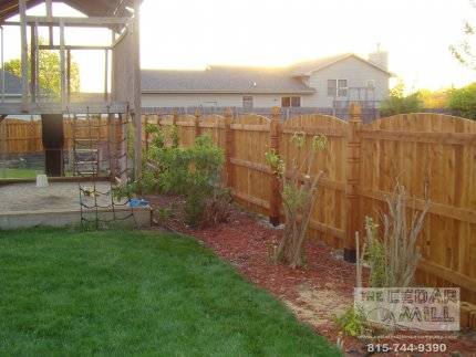 cedar-fence-installed-in-Orland-Park-Illinois-131