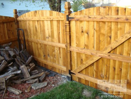 cedar-fence-installed-in-Orland-Park-Illinois-132