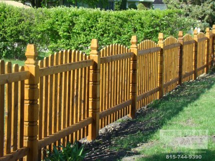 cedar-fence-installed-in-Orland-Park-Illinois-135