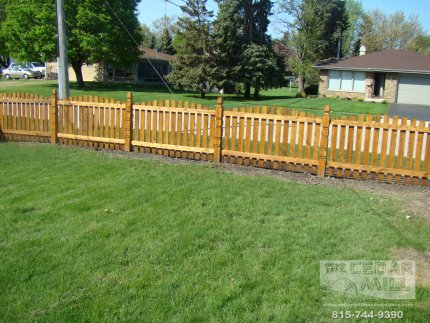 cedar-fence-installed-in-Palos-Heights-Illinois-138