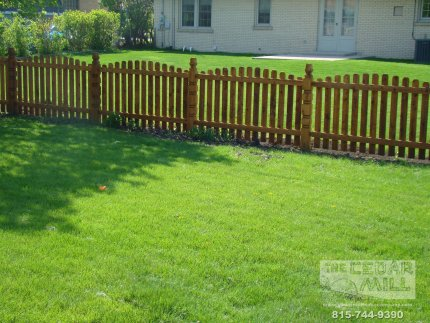 cedar-fence-installed-in-Palos-Heights-Illinois-139