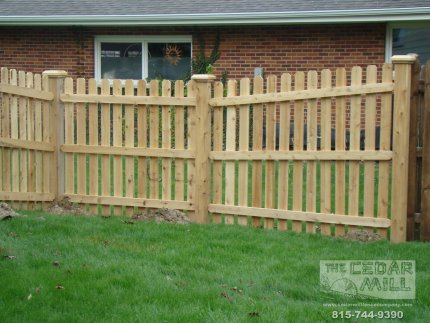 cedar-fence-installed-in-Palos-Heights-Illinois-142