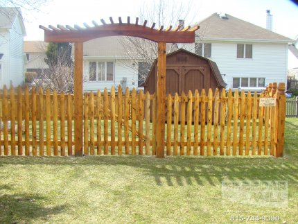 cedar-fence-installed-in-Palos-Heights-Illinois-200