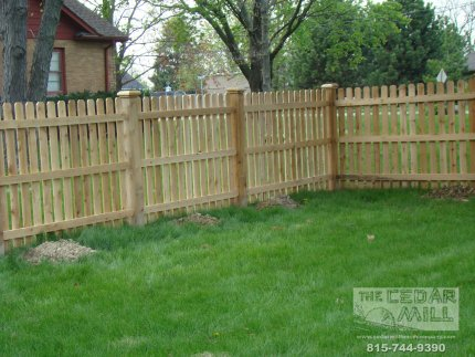 cedar-fence-installed-in-Peoria-Illinois-145