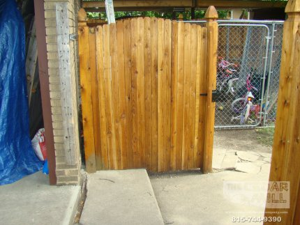 cedar-fence-installed-in-Plainfield-Illinois-149
