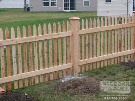 cedar-fence-installed-in-Plainfield-Illinois-Cedar Mill Gallery Master_0000_Frank's Pictures 054