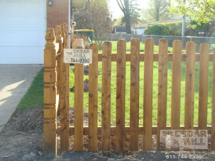 cedar-fence-installed-in-Schaumburg-Illinois-156
