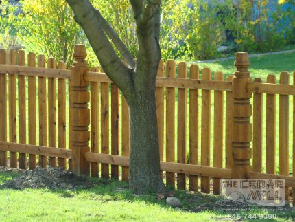 cedar-fence-installed-in-Schaumburg-Illinois-161