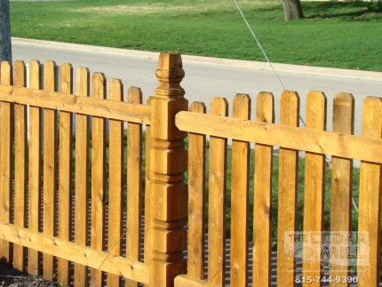 cedar-fence-installed-in-Schaumburg-Illinois-164