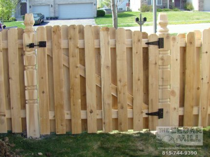 cedar-fence-installed-in-Tinley Park-Illinois-170