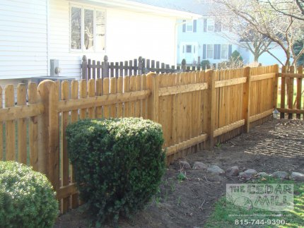 cedar-fence-installed-in-Willowbrook-Illinois-177