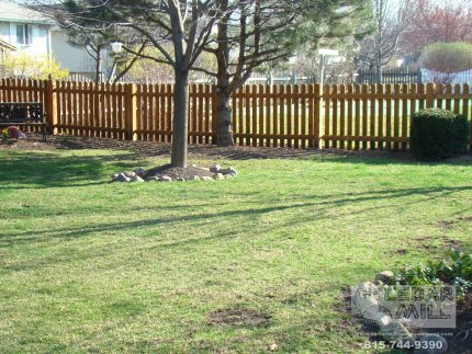 cedar-fence-installed-in-Willowbrook-Illinois-178