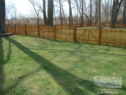 cedar-fence-installed-in-Willowbrook-Illinois-182