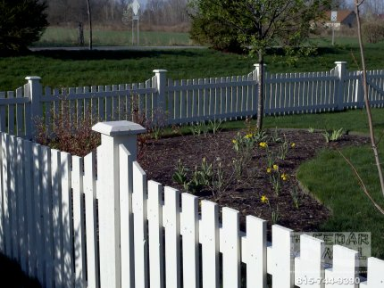 fence-installation-located-in-Bloomington-Illinois-022