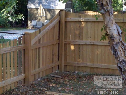 fence-installation-located-in-Clarenden-Hills-Illinois-020