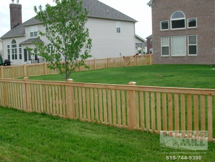 fence-installation-located-in-Downers-Grove-Illinois-008
