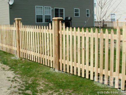 fence-installation-located-in-Hinsdale-Illinois-019